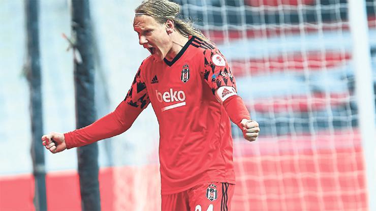 Beşiktaş Fenerbahçe maçına tam kadro çıkacak