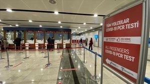 Sabiha Gökçen Uluslararası Havalimanında ayda ortalama 20 bin PCR testi yapılıyor