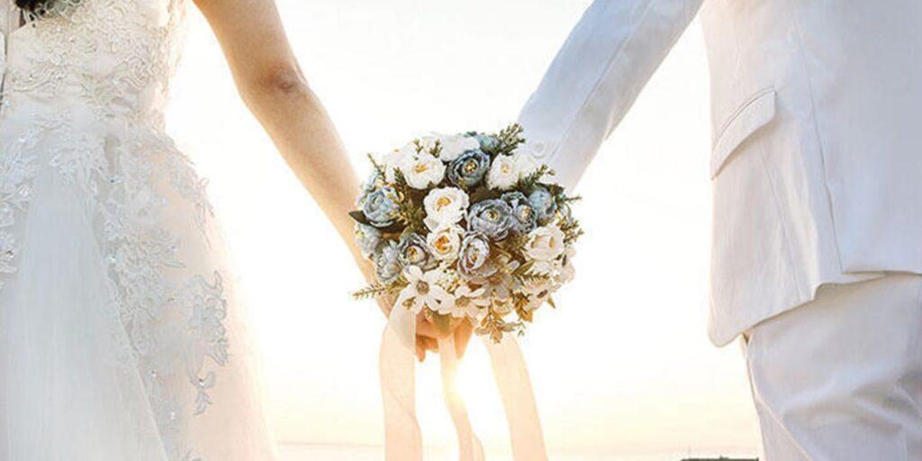 Nişan Abiyeleri ve Beyaz Nikah Elbiseleri